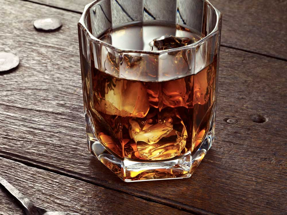 What's the Difference Between Scotch Whisky and Bourbon Whiskey?
